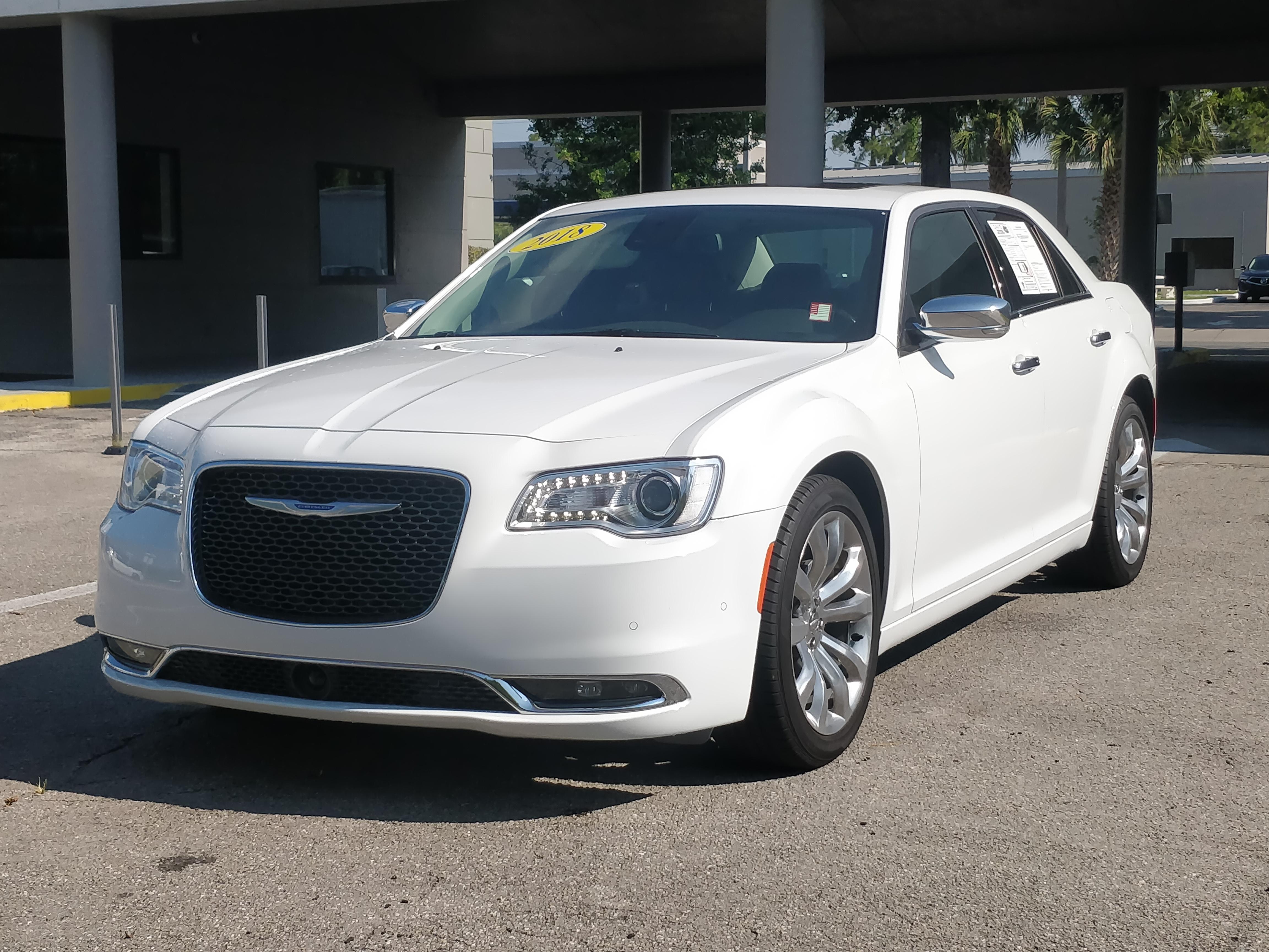 2018 Chrysler 300 Limited – Fully Loaded