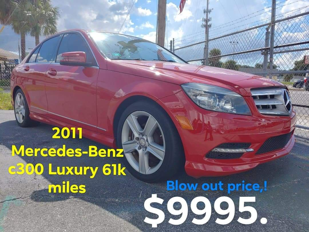 2011 Mercedes-Benz c300 Luxury 2WD